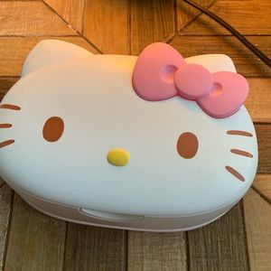 Hello 🎀 Kitty Wipes Dispenser